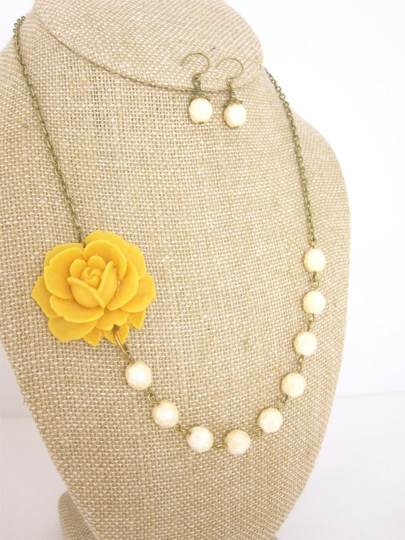 Yellow Necklace Yellow Jewelry Flower Necklace Mustard Yellow Bridesmaid Jewelry Bridesmaid Necklace Rustic Wedding Jewelry