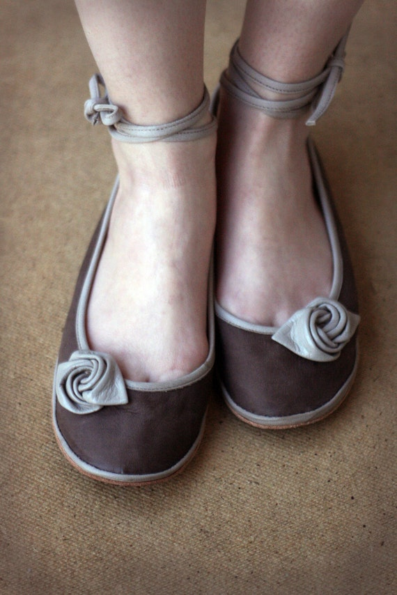 Beige Rose - Handmade  Leather flat shoes - CUSTOM FIT