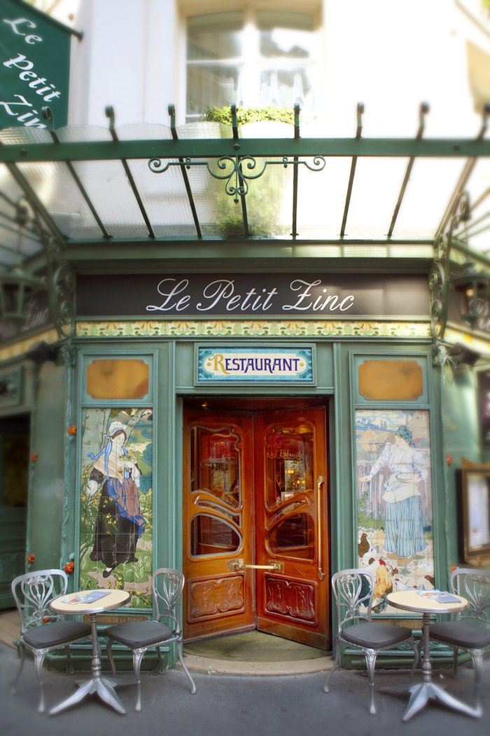 Store front on pinterest store fronts shop fronts and for Showroom cuisine paris