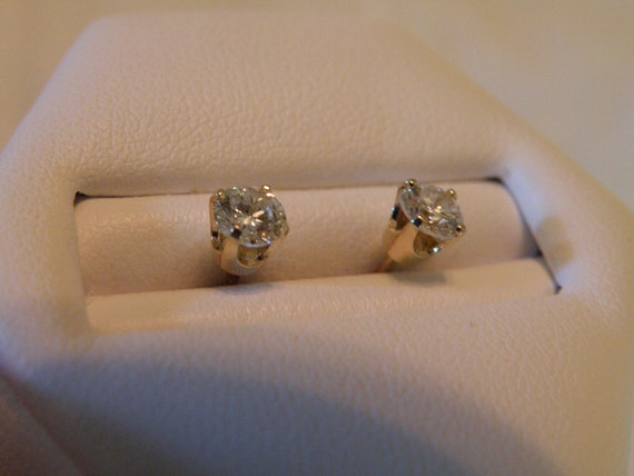 Elegant 14K Gold Diamond Earrings - .50 ctw