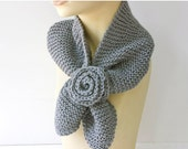Knit Keyhole Scarf  Gray Flower, Bamboo, Self Tying Scarf, Stay in Place Scarf, Grey Neck Warmer - beadedwire