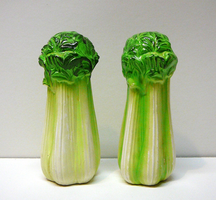 1000 images about vegetable salt and pepper shakers on pinterest cabbages jonathan adler and. Black Bedroom Furniture Sets. Home Design Ideas