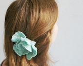 felted flower  pin MINT  / made to order (in 1 week) - Patricija