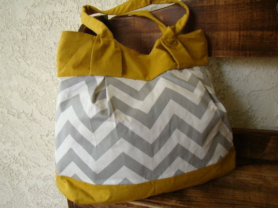 Chevy Bag - Gray and White Chevron/Zig Zag Paired with Mustard Linen - Fully Lined - Magnetic Clasp, Inside Pockets