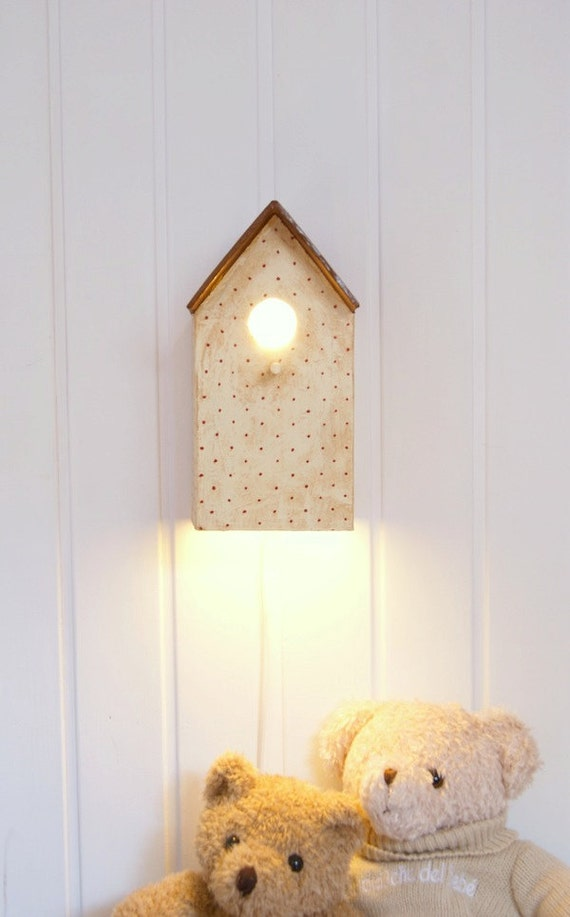 Cream Birdhouse lamp