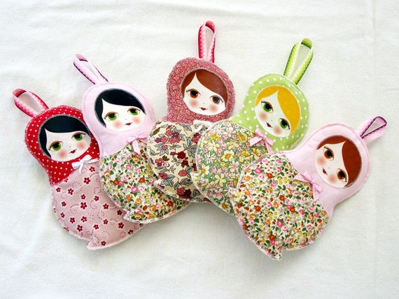 Matryoshka Babushka Russian Plush Toy / Decoration - 100% cotton fabric - Print Face