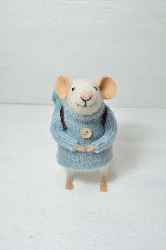 THE LAST ONE Little Traveler Mouse - unique - needle felted ornament animal, felting dreams made to order