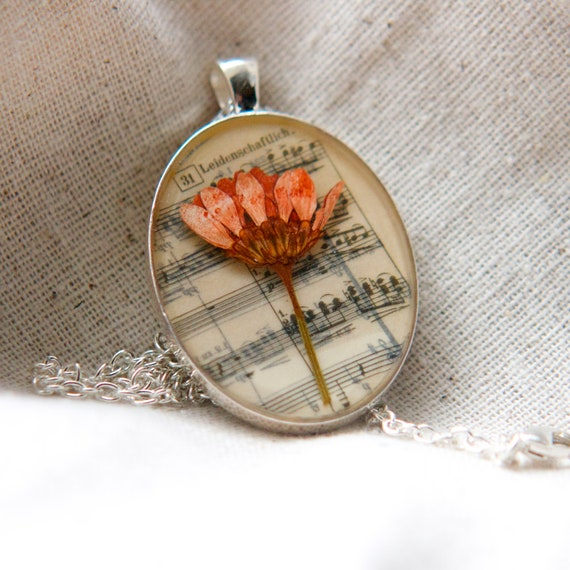 resin jewelry pressed flower necklace. peach daisy mum pressed botanical Pendant on music