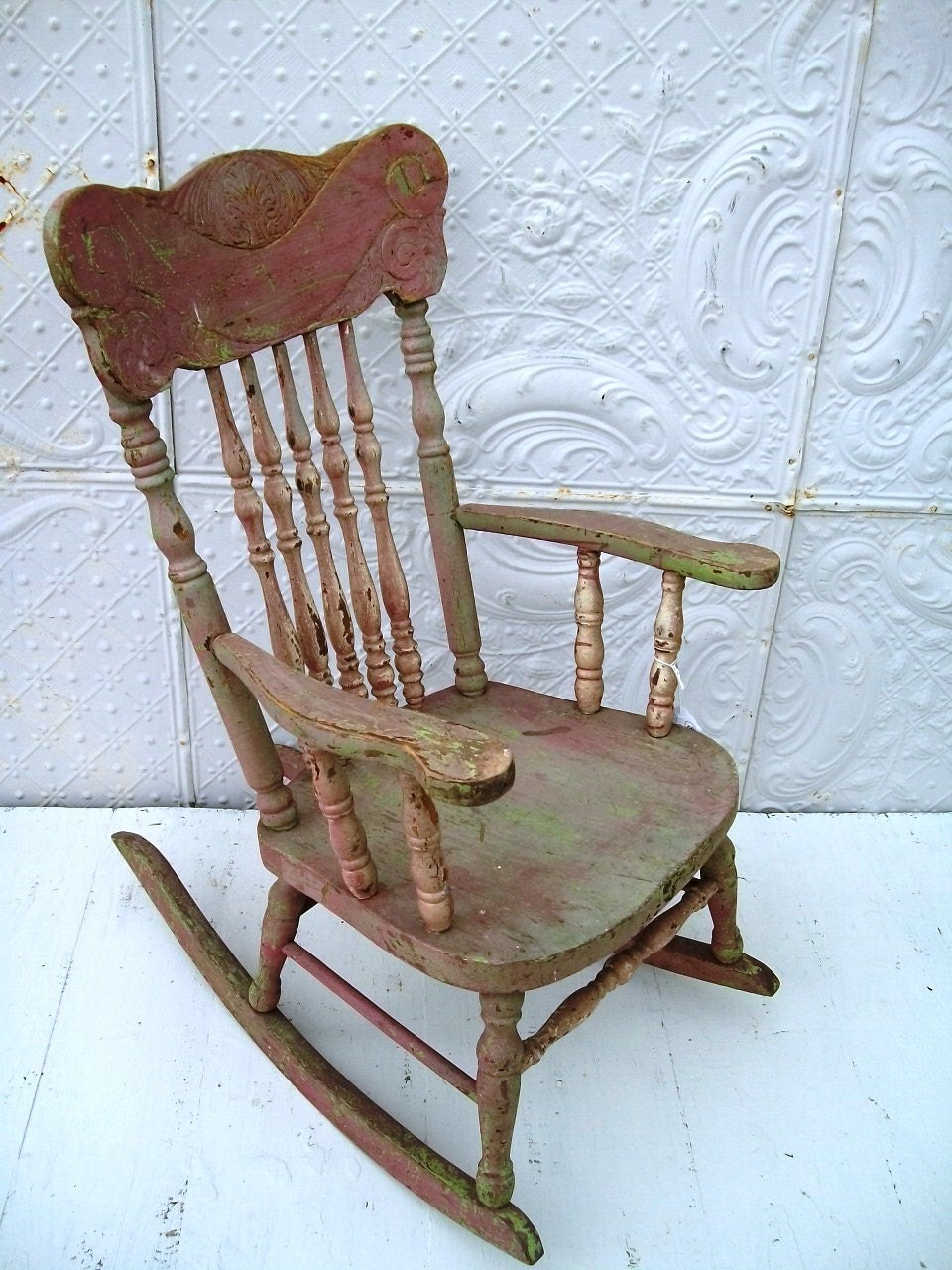 Lace Crazy: Vintage Rocking Chair - my next redo...