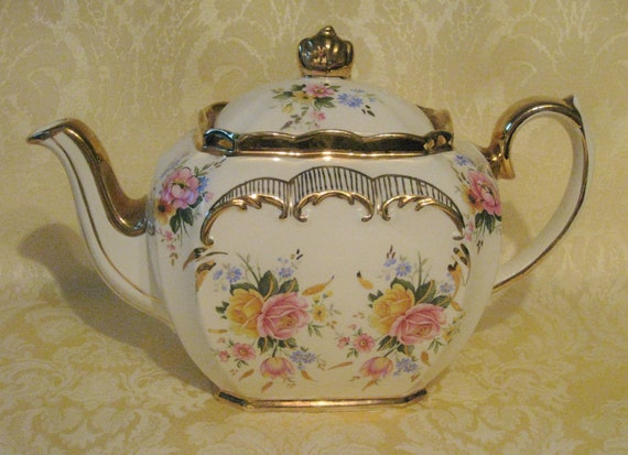 Vintage Sadler Teapot with Beautiful Rose Design and Gold Trim