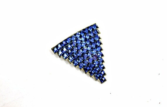 Vintage jewelry art deco brooch, pendent, scarf or fur clip blue rhinestones inverted triangle shape showstopper