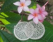 Crocheted Dreamcatcher Earrings in Natural