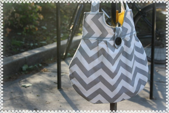 Reserved for Miranda  -- Juliet bag in Twill Storm ZigZag --- Gray Chevron