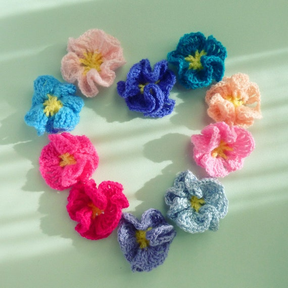 Flower Crochet Pattern  Amelie - Easy beginner PDF - PHOTO TUTORIAL crochet how to make flowers