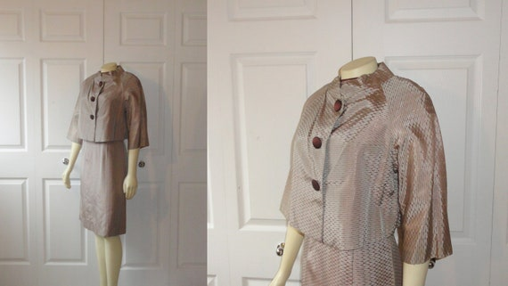 Vintage Dress 50s 60s Mad Men Shimmering Brown Beige & Gold Dress and Cropped Jacket Metal Zipper Size Medium