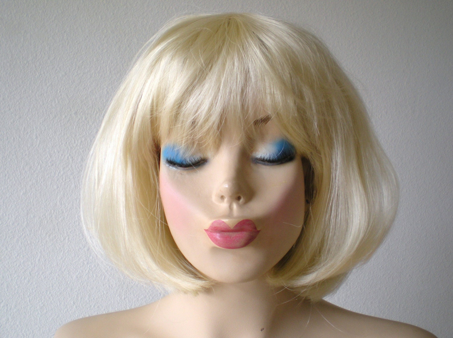 Short Blonde Wig With Bangs 55