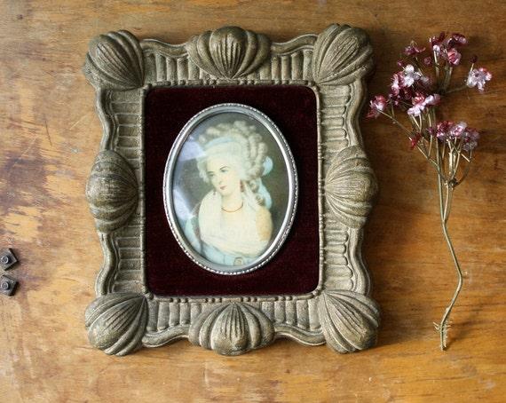 Small Vintage Cameo Portrait