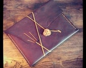 Leather IPad Case 1, 2 and 3 - Saddle Brown - Hand Stitched Leather - Wee Green Press Designs (IPAD004) - weegreenpress