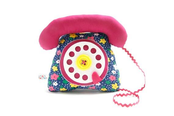 dial telephone play cushion velcro handset fuchsia flowers pattern - telephone à cadran combiné avec velcro fuchsia fleurs