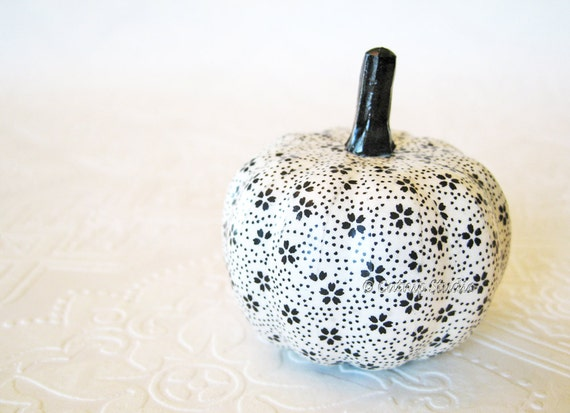Pumpkin Ornament, Squash Ornament, decoupage pumpkin, black and white pumpkin, origami pumpkin, fall autumn thanksgiving