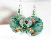 SALE Hummingbird Earrings jade green dangle Romantic  Round decoupage earrings Bird motif diameter 4cm (1,57 inch) ,  gift for her under 25 - MADEbyMADA