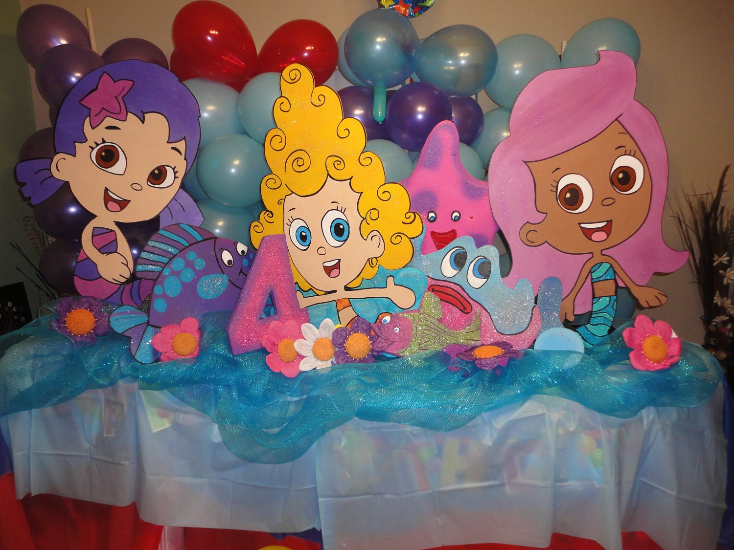 Items similar to bubble guppies 3 feet birthday decoration set of 3 characters 1 number 2 - Bubble guppies center pieces ...