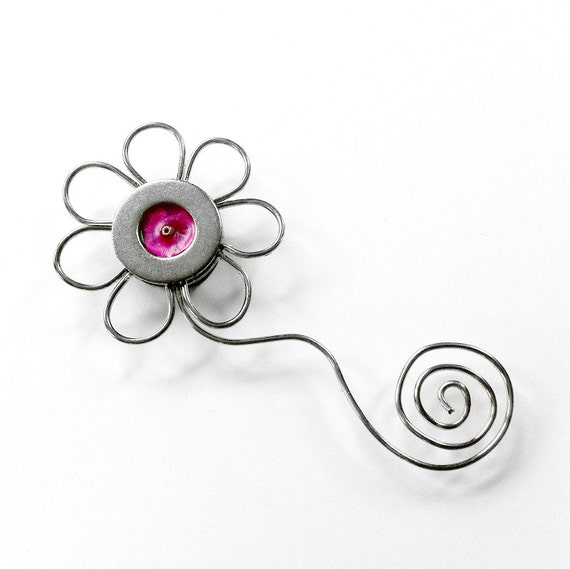 Metal Flower Magnet, Cute Magnet, Pink Magnet, Industrial Flower, Metal Magnet, Gift for Gardener, Unique Magnet, Handcrafted Magnet