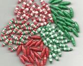 "100 pc.....3/4"" length Hand Made, Hand Glazed Paper Beads......Christmas Beads - BeadsByCheryl"