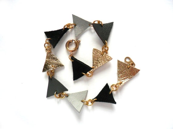 Triangle leather bracelet in gold, grey and black