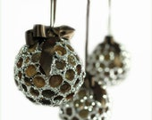 Acorn Top Sparkle Ornament - FoundationCreations