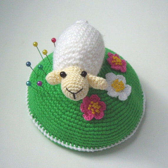 "PDF PATTERN Crochet pin cushion / OOAK home decor ""Little white sheep on blooming green lawn"" / cute lamb / kawaii ewe / mother's day gift"