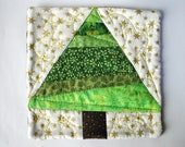 quilted patchwork christmas tree pot stand
