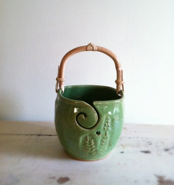 Yarn Bowl, Knitting bowl with handle, Handmade ceramic pottery