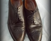 Florsheim Wingtip 50s RARE Olive Green sz 10B Hand Lasted TRUE Vintage not Modern Rare Color - lauriescustomthingz