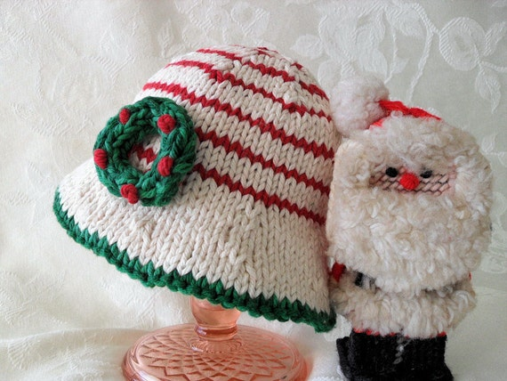 Hand Knitted Baby Hat-Christmas Baby Hat-Knitted Baby Bonnet-Children Clothing-Brimmed Baby Hat-CHRISTMAS WREATH