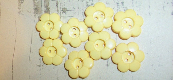 Sweet Vintage Style Buttercup Yellow Buttons