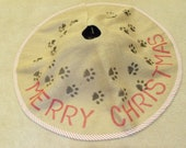 dog tracks burlap tree skirt - FromOldStuff