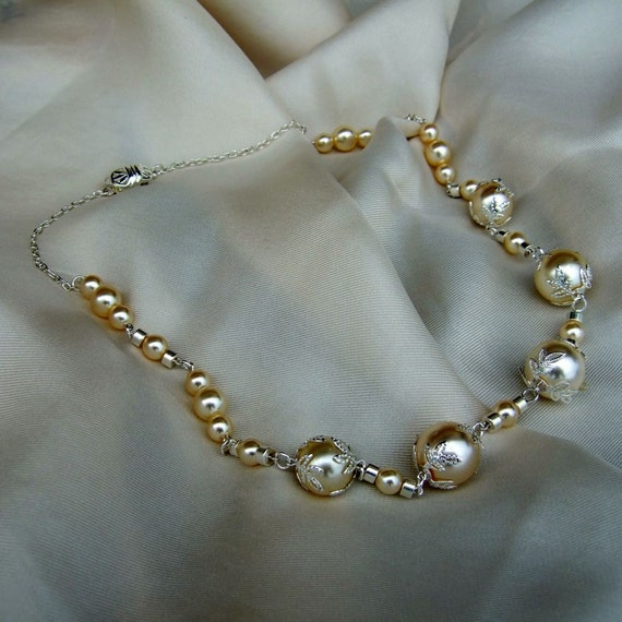 Creamy Ivory glass pearls, silver filigree bead caps Winter Wedding necklace