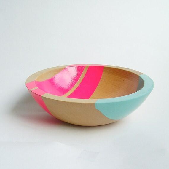 """Modern Neon Hardwood 7"""" Bowl, Pink"""