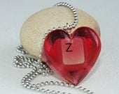 September trends Red Heart Pendant recycled Keyboard Letters in Resin - camillalimon