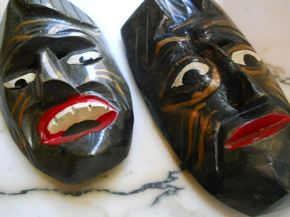 Vintage Wood Masks / Decorative arts / wall hangings