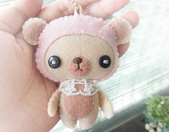 Felt Keychain -  Valentine Gift -  cute accessories -  Kawaii - Bear plush - READY TO SHIP