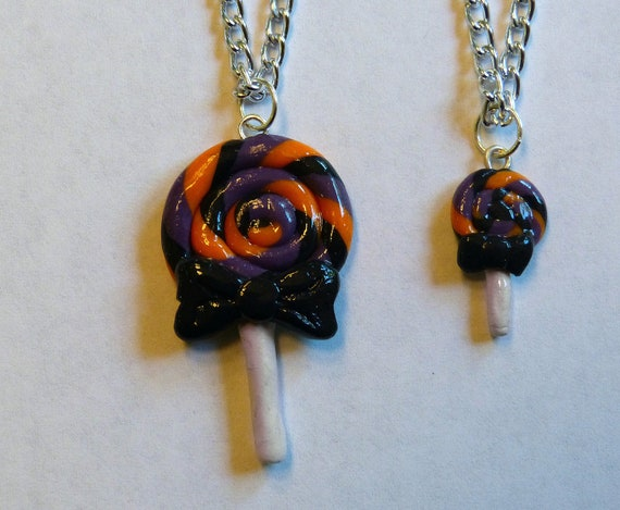 Swirly lollipop necklace set for girl and doll