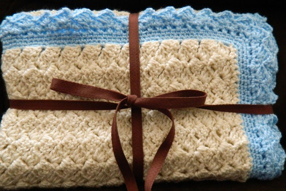 Crochet Baby Boy Crib Blanket in Cream and Baby Blue