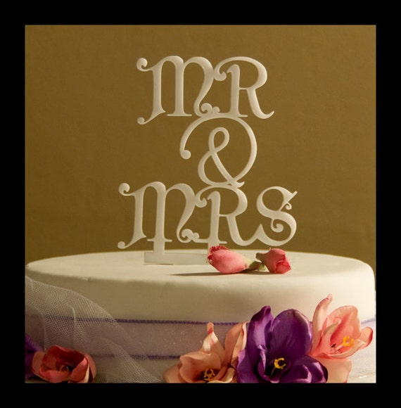 Wedding Cake Topper Mr and Mrs with ampersand design 1