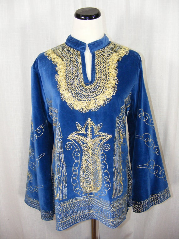1960's Embroidered velvet tunic top. Blue velvet with metallic gold embroidery, wide bell sleeves.