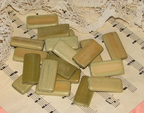 20 Green Bamboo Domino Tiles
