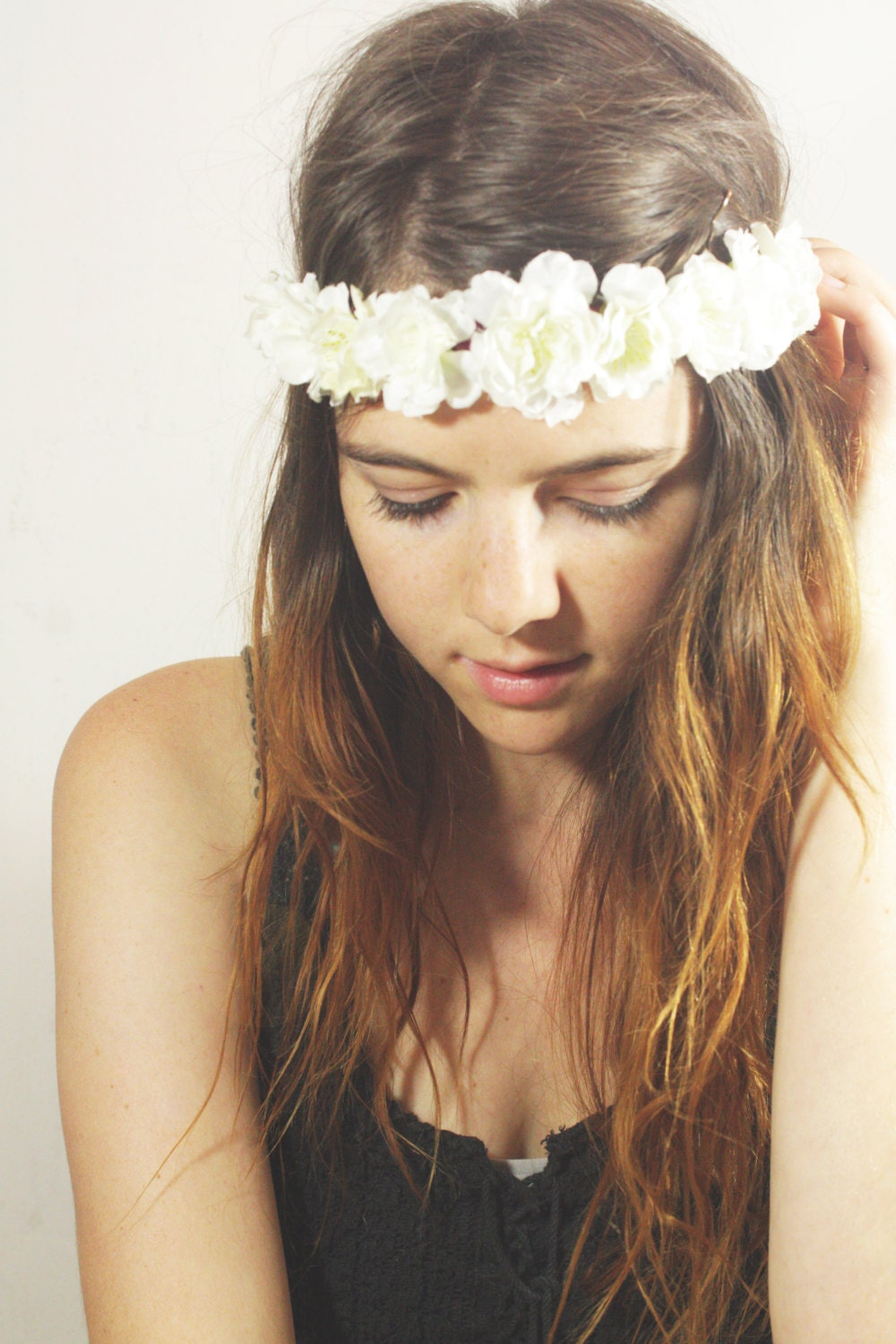 White floral headband sam wish a cute headband with small white flowers they are attached to a maroon ribbon that ties around your head mightylinksfo