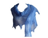 Saphire blue triangle big  lace wool shawl  hand knitted recycled - MyLaceSpace