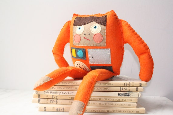 Felt Plush Stuffed Robot Doll Toy, Orange Soft Toy, Stuffed Plush Doll